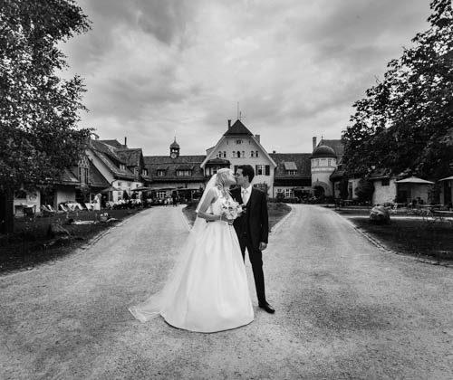 Gut-Sonnenhausen-Hochzeit-Glonn-Hochzeitsfotograf-München